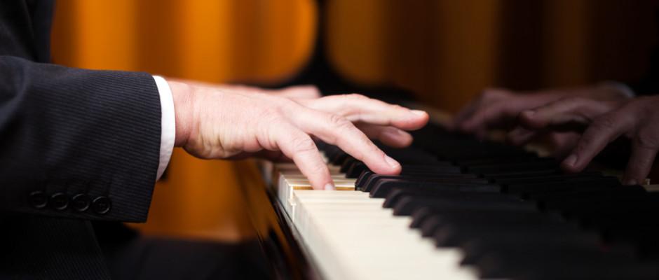 pianoforte shutterstock_165401750