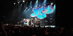 Yes i Concert